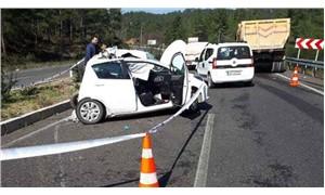 Emniyet şeridindeki otomobile kamyon çarptı; genç mimar yaşamını yitirdi