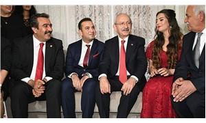 Kılıçdaroğlu, belediye çalışanlarının nişan yüzüklerini taktı