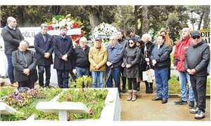 Attila Özdemiroğlu mezarı başında anıldı