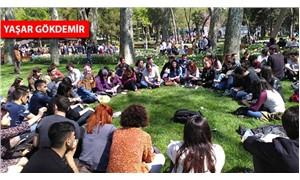 İstanbul Üniversitesi öğrencileri, okullarının bölünmemesi için forum düzenledi