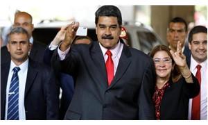 Maduro, ABD elçisine ülkeyi terketmesi için 48 saat süre verdi
