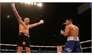 Tyson Fury ringlere galibiyetle döndü