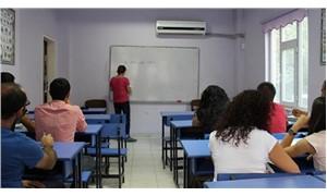 Türk öğretmenlerin yeterliliği düşük