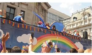 """""""Pride London"""" yürüyüşü bugün gerçekleşti"""