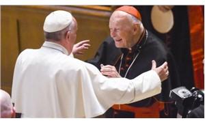 Çocuk taciziyle suçlanan kardinal McCarrick istifa etti
