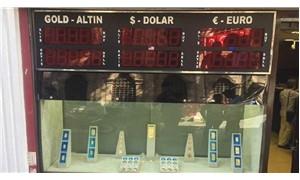 Lira bir günde yüzde 20 eridi: Ekonomi krize girdi