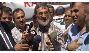 """Dolar protestosunda """"yak, yak"""" sloganlarına böyle yanıt verdi: Üzerinde Allah yazıyor"""