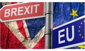 """İngiliz bakandan AB'ye """"anlaşmasız Brexit"""" uyarısı"""