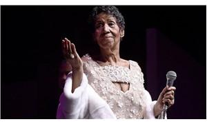 Aretha Franklin hayatını kaybeti
