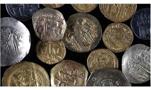 Mısır'da 621 parça antik para ele geçirildi