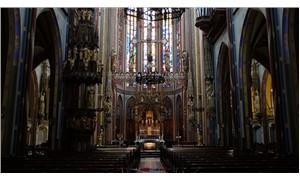 Tanrıya inananlar azalıyor, kiliseler satışa çıkıyor