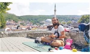 Otostopla yola çıktı  tüm Balkanları gezdi