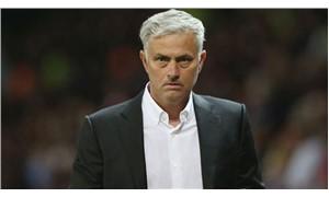 İngiliz basınından Mourinho değerlendirmesi: 'Uçurumun kıyısında'