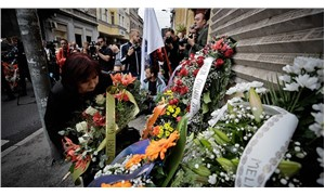 Saraybosna'da pazar yeri katliamında yaşamını yitirenler anıldı