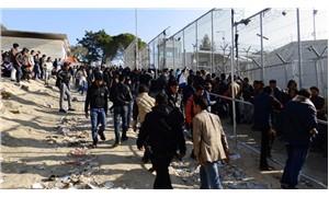 Yunanistan'daki mülteci kampında şiddet