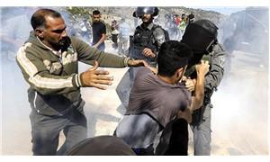 Ramallah'ta, İsrail askerlerinin açtığı ateş sonucu AA ve AFP muhabirleri yaralandı