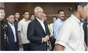 Eski Malezya Başbakanı Necip, kefaletle serbest bırakıldı