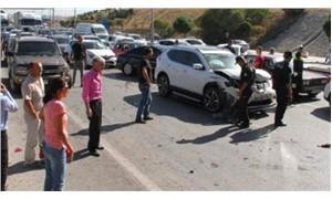 Ankara-Konya Otoyolunda 17 araç birbirine girdi
