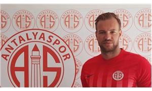 Antalyasporlu kaleci Ruud Boffin trafik kazası geçirdi