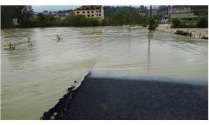Kandıra'da sağanak nedeniyle tarım alanları su altında kaldı