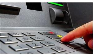 ATM'de kart kopyalama aparatları ele geçirildi