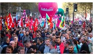 Fransa'da 100'den fazla noktada Macron ve hükümet karşıtı gösteri