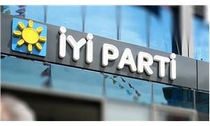 İzmir'de İYİ Parti'nin 17 ilçe başkanı, görevinden istifa etti