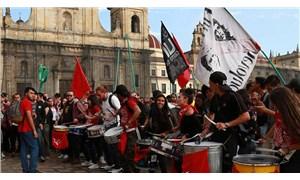 Kolombiya'da eğitim bütçesi protestoları sürüyor