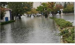 Ankara'da sağanak sonrası yollar sular altında kaldı