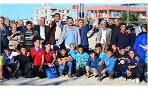 Adanalılar okul istiyor: Bu seçimde kimseye oy vermeyeceğiz