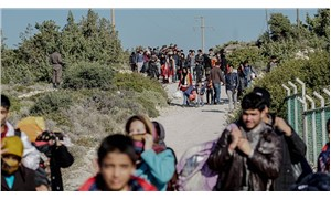 Mülteci düşmanlığı ve korku öğretiliyor