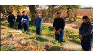 Çifçileri suda bekleterek cezalandıran Özbekistan Başbakan Yardımcısı görevinden alındı