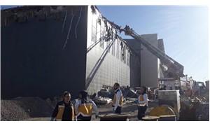 Kayseri'de yapımı süren kongre binasının çatısı çöktü