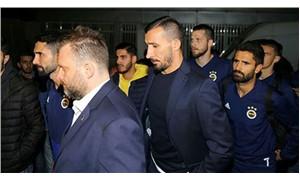 Fenerbahçeli yönetici ve futbolculardan Koray Şener'in yakınlarına taziye ziyareti