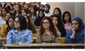 Ders kitaplarındaki kadın düşmanlığı incelendi