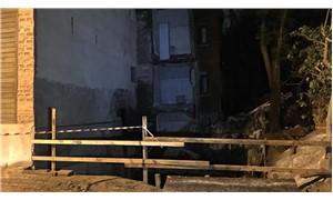 Samatya'da iki bina çökme riski nedeniyle boşaltıldı
