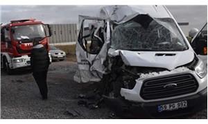 Engelli öğrencileri taşıyan minibüs kaza yaptı: 14 yaralı