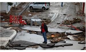 Bodrum'da şiddetli yağış sele dönüştü