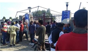 Hindistan'da bombalı saldırı: 3 ölü