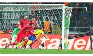 İsveçli futbolcudan penaltı iddiası