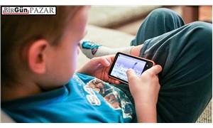 Teknolojinin ve yaşamın içinde çocuklar