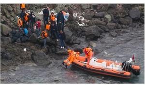 Ege Denizi'ndeki Yumurta Ada'da mahsur kalan 44 göçmen kurtarıldı