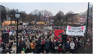 Kürtaj kısıtlamasına karşı kadınlar isyanda