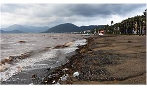 Marmaris'te yağışlar devam ediyor: 4 tekne battı