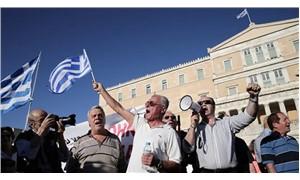 Yunanistan'da emeklilerden 'kesintiler iptal edilsin' talebi