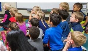 Avusturya'da çocuklara anaokulunda başörtüsü takılması yasaklandı
