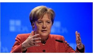 Merkel'den Brexit açıklaması: En kötü yol olacaktır