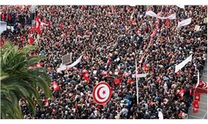 700 bin kamu görevlisi grevde