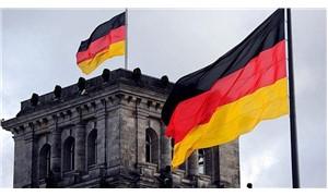 'Almanya, Suudi Arabistan'a silah ihracatını 2 ay durdurdu'