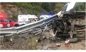 Antalya'da yolcu minibüsü devrildi: 1 ölü, 8 yaralı